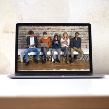 Bildschirm mit Screenshots vom Fotoshootings der vr networld
